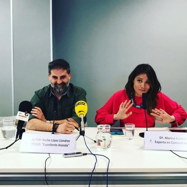 Presentación libro Expediente Ananda de Nacho López Llandres